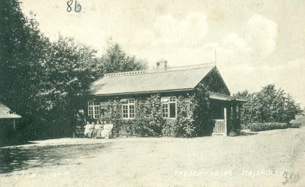 1910 [3]