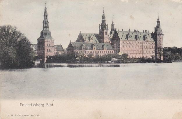 Frederiksborg Slot på postkort